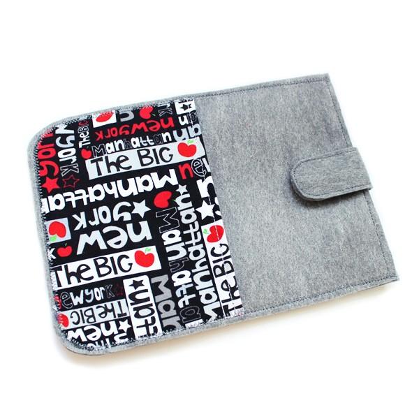"""Чехол для планшета или электронной книги «Кеды» 7"""""""