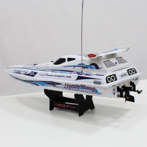 Катер на радиоуправлении Speed-X Cyclone