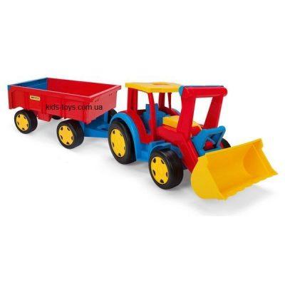 Трактор «Гигант» с прицепом и ковшом