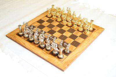 Шахматы Manopoulos «Оливковый совет»