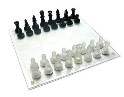 Шахматы стеклянные «Чёрное и белое»