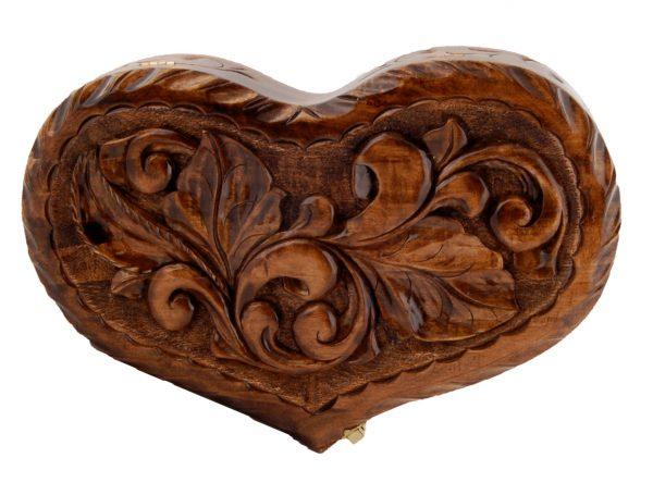 Деревянная шкатулка ручной работы «Сердце»