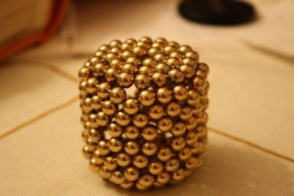 Конструктор Neocube «золотой»