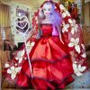 Кукла в красивом платье