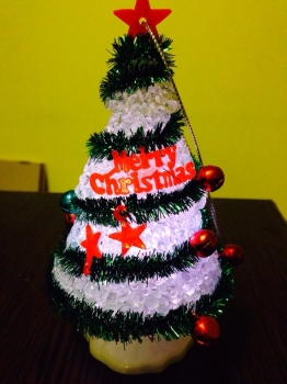 LED елочка с надписью Merry Christmas