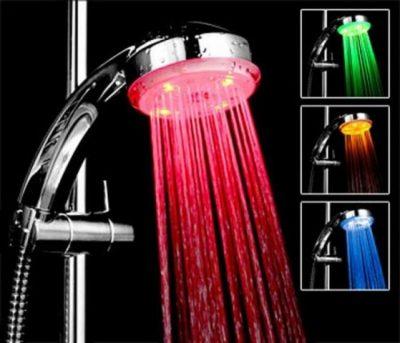 Насадка на душ с цветной подсветкой
