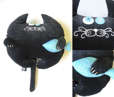 Дизайнерская игрушка-подушка «Кот с рыбкой»