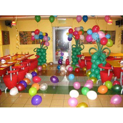 Композиция из воздушных шаров для детского праздника (вариант-5)