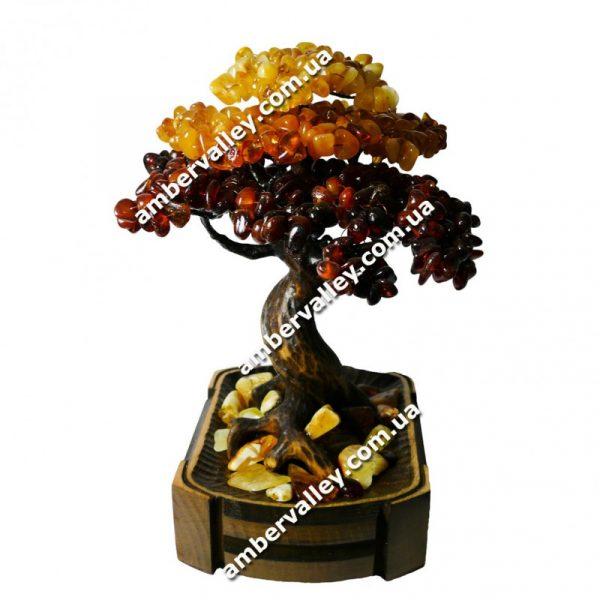 Оригинальный сувенир – большое янтарное дерево