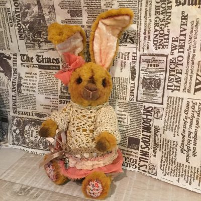 Коллекционная мягкая игрушка - заяц Мэри