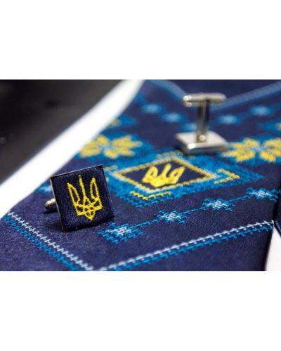 Вышитый набор «Троян»: галстук, платок и запонки Nashi Rechi