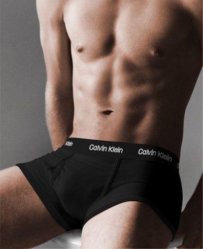 Мужские боксеры Calvin Klein. Цвет: черные c черной резинкой.