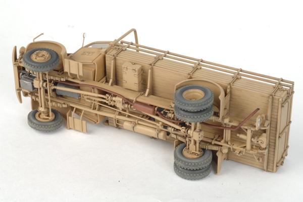 Подарочный набор с моделью автомобиля «L 4500A» ТМ «Звезда»