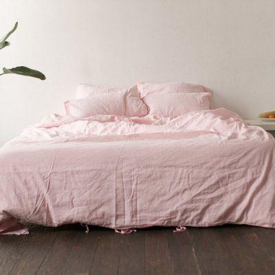 Двуспальный комплект постельного белья Etnodim розового цвета