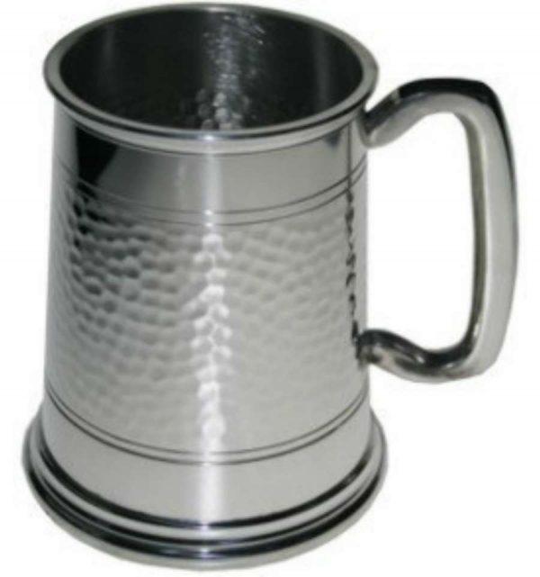 Пивной бокал (танкард) с чеканкой