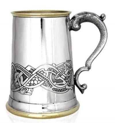 Пивной бокал (танкард) с латунным декором