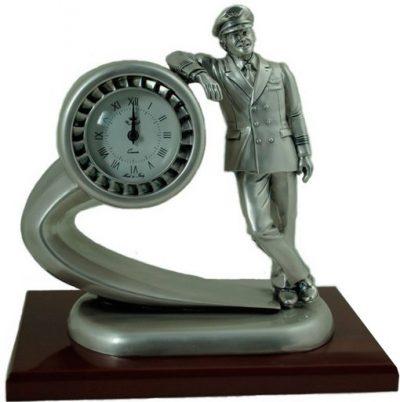 Часы настольные «Пилот гражданской авиации» Exetera Argenti на черной деревянной подставке