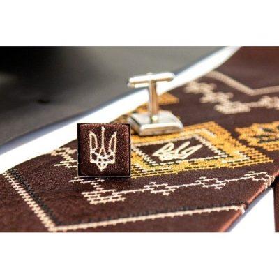 Вышитый набор с платочком и запонками «Богород»