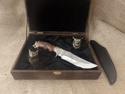 Набор: 2 чарки «Охотничьи» с ножом