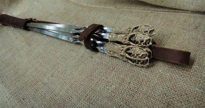 Набор шампуров «Дикий кабан» в коричневом кожаном колчане