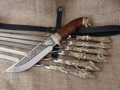 Набор шампуров «Охотничий трофей» с ножом