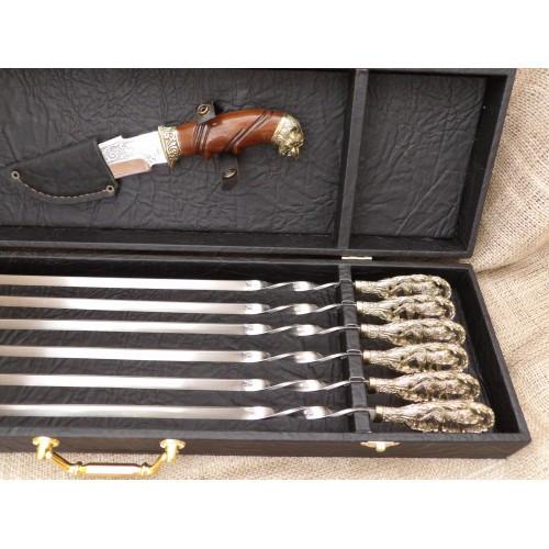 Набор шампуров «Волчья стая с ножом» в кейсе