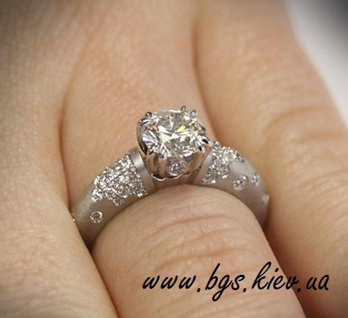 Комплект помолвочное кольцо вместе с обручальным «Идеальная пара»