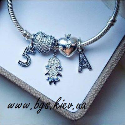 Золотая подвеска к бусинам на браслет пандора «Любимые детки»