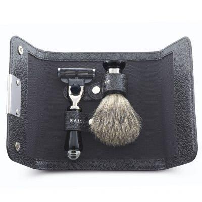 Набор для бритья Dalvey - бритва и помазок Best в кожаном чехле
