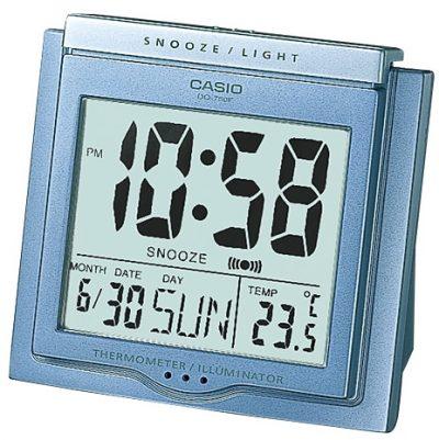 Часы Casio с подсветкой (DQ-750F-2DF)