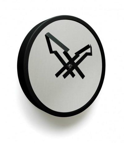 Часы настенные «Стрелы», черные