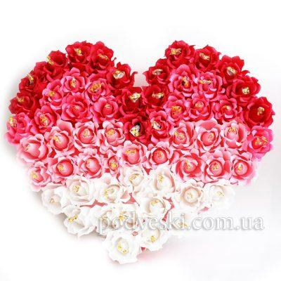 Букет из конфет «Сердце из роз»