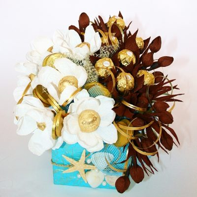 Букет из конфет «Голубая лагуна»