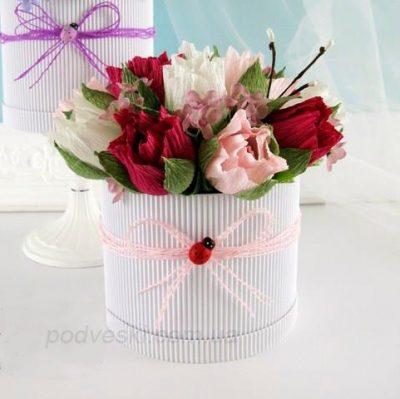 Букет из конфет в коробке «Весна 3»