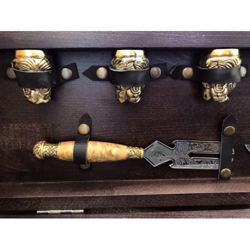 Эксклюзивный набор для шашлыка (шампура+рюмки+нож+вилка)