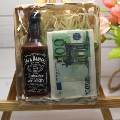 Мыло ручной работы Jack Daniel's с пачкой евро