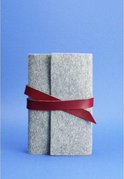 Кожаный блокнот (Софт-бук) «1.0 фетр/кожа» BlankNote (виноград)