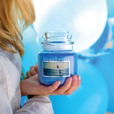 Свеча ароматическая Village Candle «Летний ветерок»