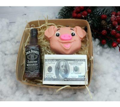 Набор мыла Jack Daniel's с деньгами на Новый год