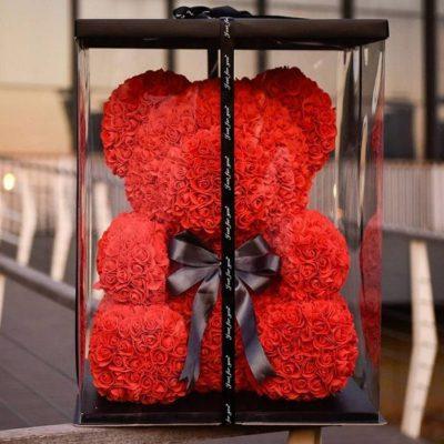 Оригинальный подарок для любимой - мишка из роз