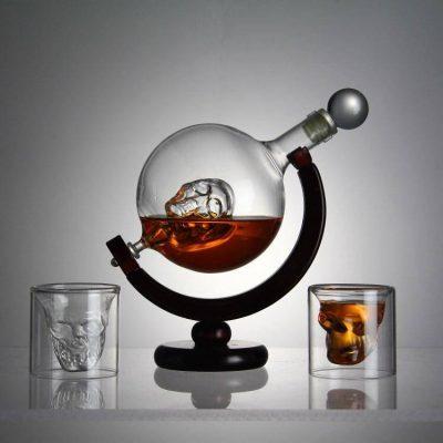 Набор для виски подарочный «Доктор Фауст» (штоф + 2 стакана)