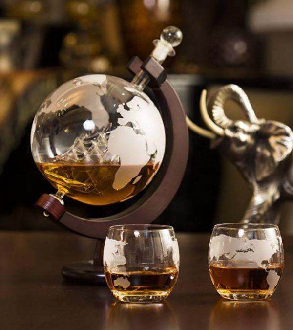 Набор «Вокруг Света» (Штоф 850 мл + 2 стакана)