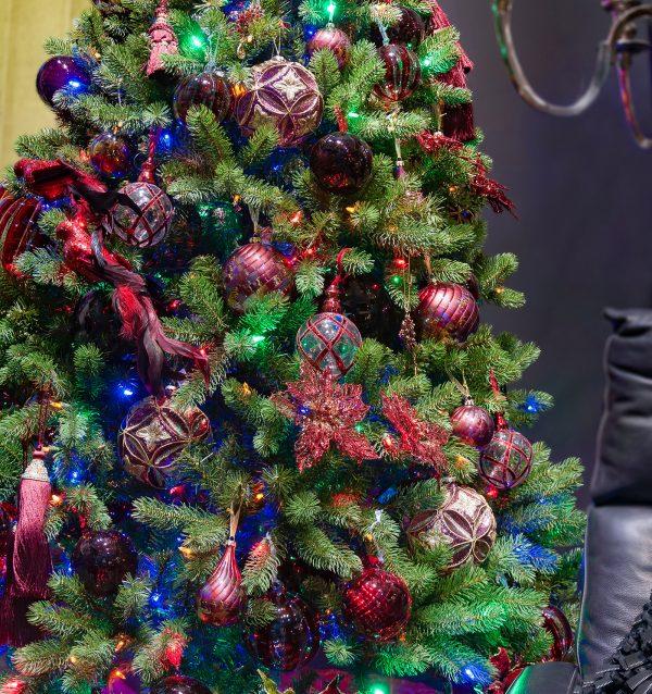 Новогодняя ель искусственная «Бейберри» дуал колор (550LED)