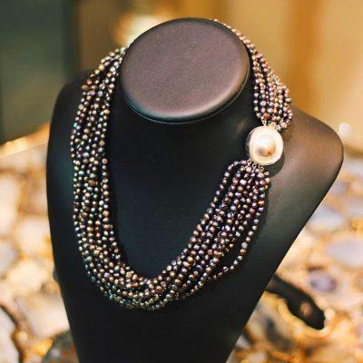 Ожерелье из натурального черного жемчуга 12 нитей