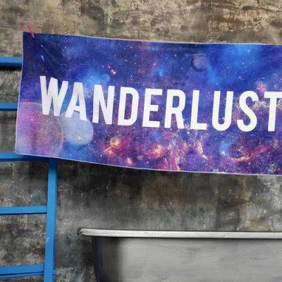 Полотенце большое с принтом «Wanderlust»