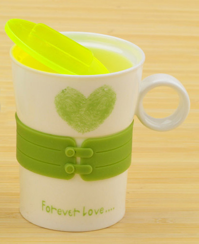 Чашка с сердечком Forever Love (зеленая)