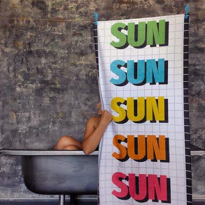 Полотенце большое с принтом «Sun»