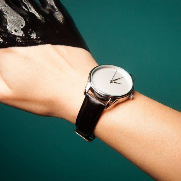 Часы наручные «Минимализм» насыщенно - черный