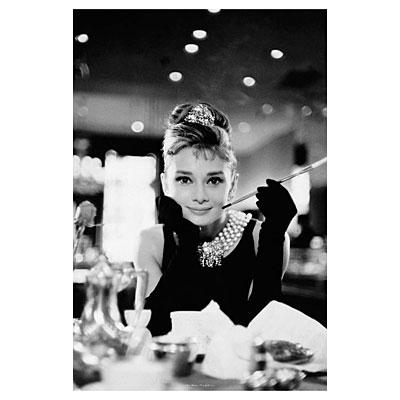 Постер «Audrey Hepburn-B/W Cig Port» 61 х 91,5 см