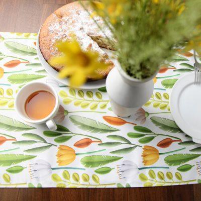 Дорожка на стол (раннер) «Цветочное настроение»